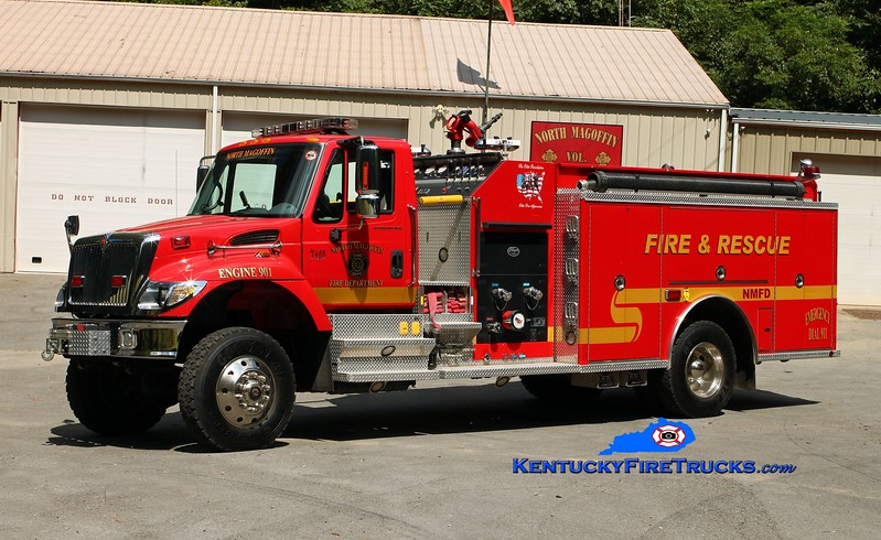 <center> North Magoffin  Engine 901  <br> 2005 International 7400 4x4/Elite/Wynn 1250/1000 <br> Kent Parrish photo </center>