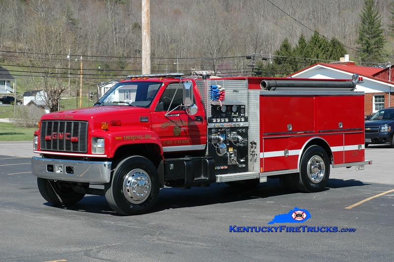 Salyersville  Engine 2<br /> x-Engine 1 <br /> 2001 GMC/Central States 1250/1000<br /> Greg Stapleton photo