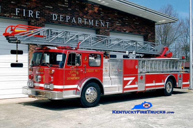 <center> RETIRED <br> Lebanon, KY  Ladder 1 <br> x-FDNY; Buechel, KY <br> 1970 Seagrave SR/1998 Lebanon FD 100'  <br> Greg Stapleton photo </center>
