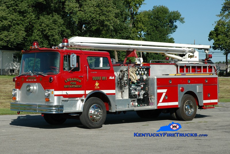 <center> RETIRED <br> Lebanon, KY  Squrt 1 <br> x-Louisville, KY <br> 1974 Mack CF/2004 Lebanon FD 1000/300/54' Squrt <br> Greg Stapleton photo </center>