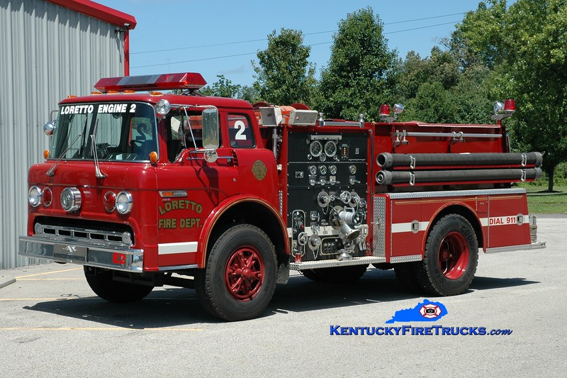 <center> Loretto  Engine 2 <br> x-Bardstown-Nelson County, KY <br> 1984 Ford C/American LaFrance 1000/750 <br> Greg Stapleton photo </center>