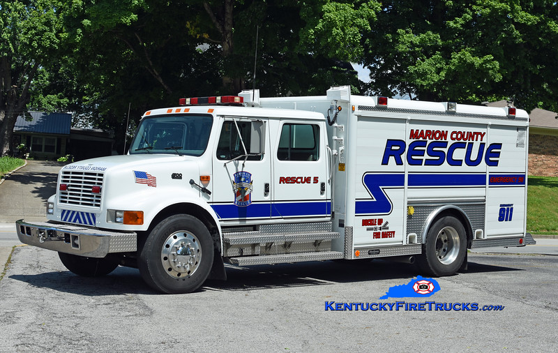 Marion County Rescue 5 <br /> 1994 International 4700/Hackney<br /> Kent Parrish photo