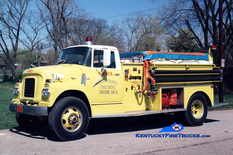 <center> RETIRED <br> Raywick  Engine 2 <br> x-US Navy; Marion County, KY <br> 1960 International/Ward LaFrance/Local 500/1100 <br> Greg Stapleton photo </center>