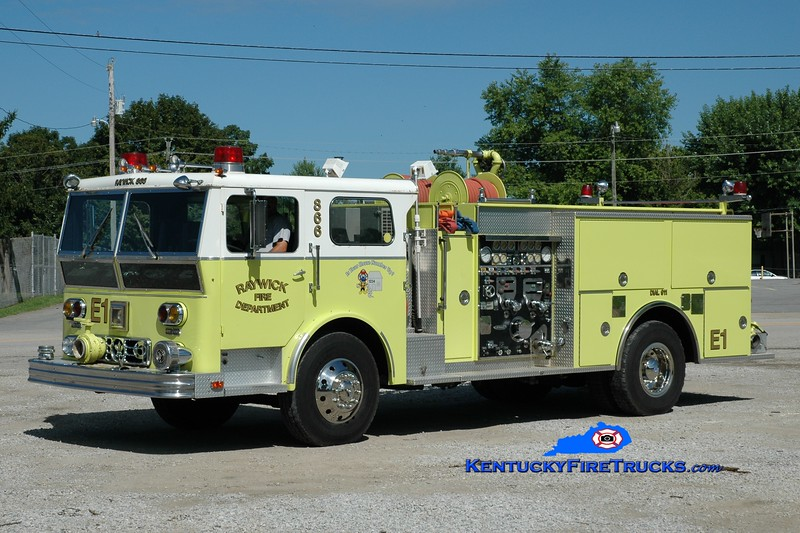 <center> Raywick Engine 1 <br> x-Jeffersontown, KY <br> 1976 Ward LaFrance/1990 Pierce 1500/750 <br> Greg Stapleton photo </center>