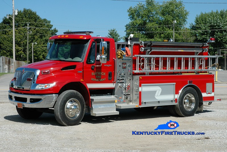<center> Raywick Tanker 2 <br> 2007 International 4400/Wynn 500/2000 <br> Greg Stapleton photo </center>