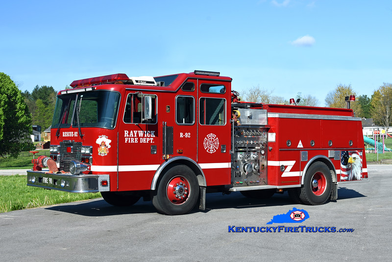 Raywick Rescue 92<br /> x-Lake Dreamland, KY<br /> 1994 KME Renegade 1500/750<br /> Kent Parrish photo