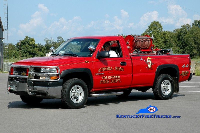 <center> Aurora-Ross  Brush 904 <br> 2002 Chevy 2500 4x4/FD 250/250 <br> Greg Stapleton photo </center>