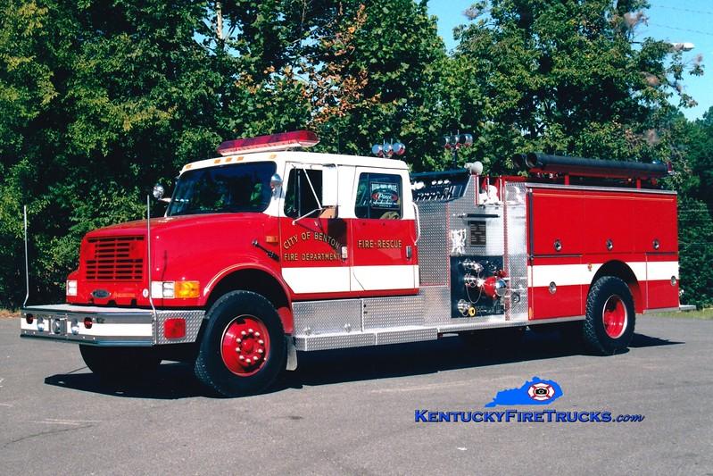 <center> Benton  Engine 6 <br> 1992 International 4900/Pierce 1250/1000 <br> Greg Stapleton photo <br> </center>
