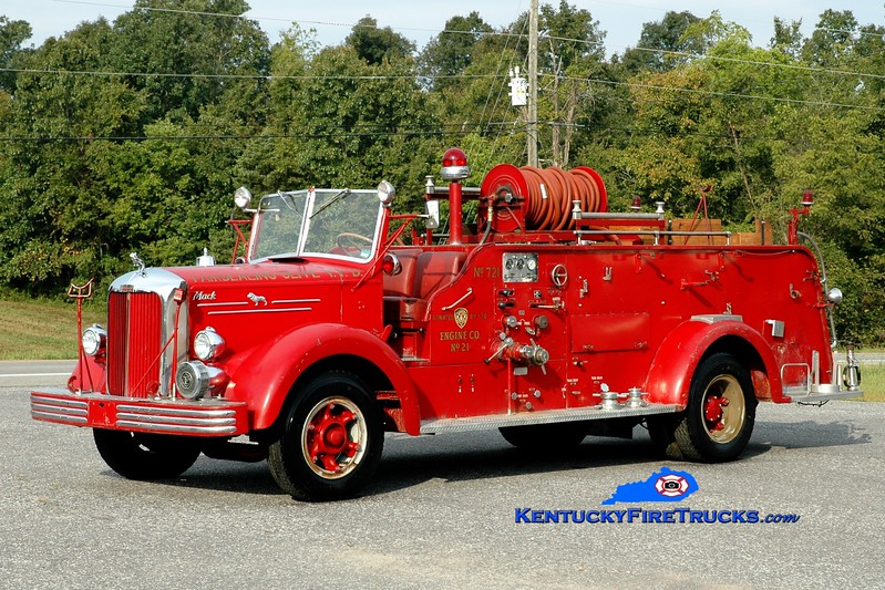 <center> Fairdealing-Olive  Parade Engine 721 <br> x-Louisville, KY <br> 1951 Mack LS 750/150 <br> Greg Stapleton <br> </center>