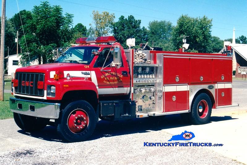 <center> Gilbertsville  Engine 104 <br> x-Engine 134 <br> 1994 GMC TopKick/E-One 1250/1000 <br> Greg Stapleton photo </center>
