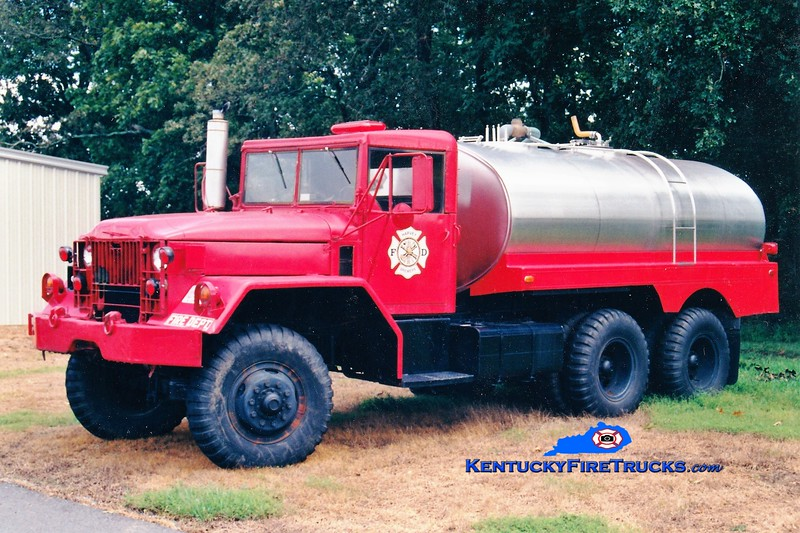 RETIRED <br /> Harvey-Brewers  Tanker 801<br /> 1965 Mack M54/Local 0/2000<br /> Greg Stapleton photo