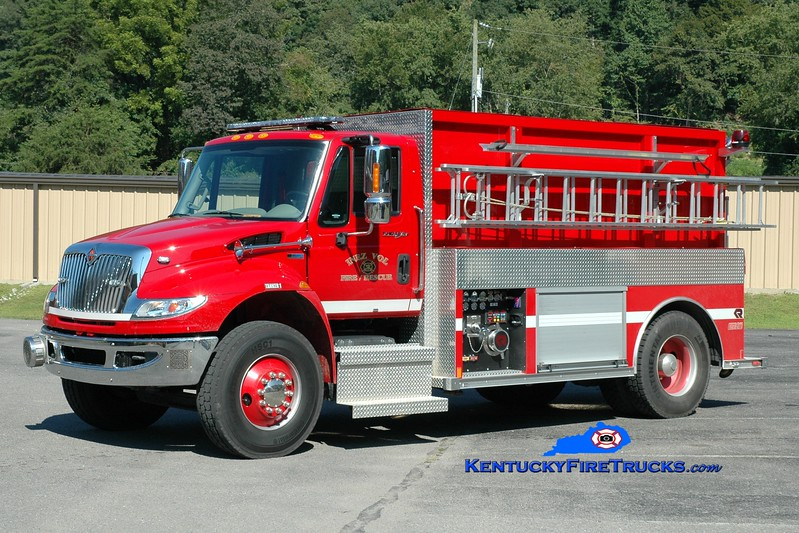 <center> Inez  Tanker 21 <br> 2013 International 4400/Rosenbauer 1000/1800 <br> Greg Stapleton photo </center>
