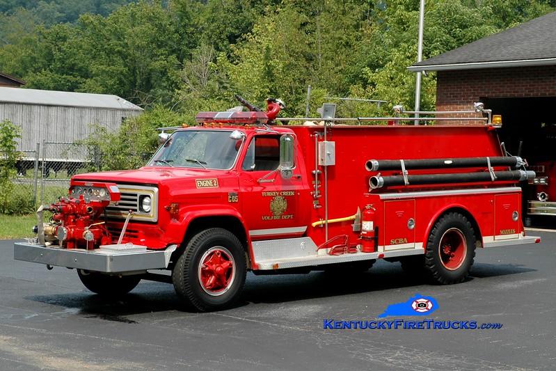<center> Turkey Creek  Engine 2 <br> x-Inez, KY <br> 1974 Chevy C65/Allegheny 750/1000 <br> Greg Stapleton photo </center>