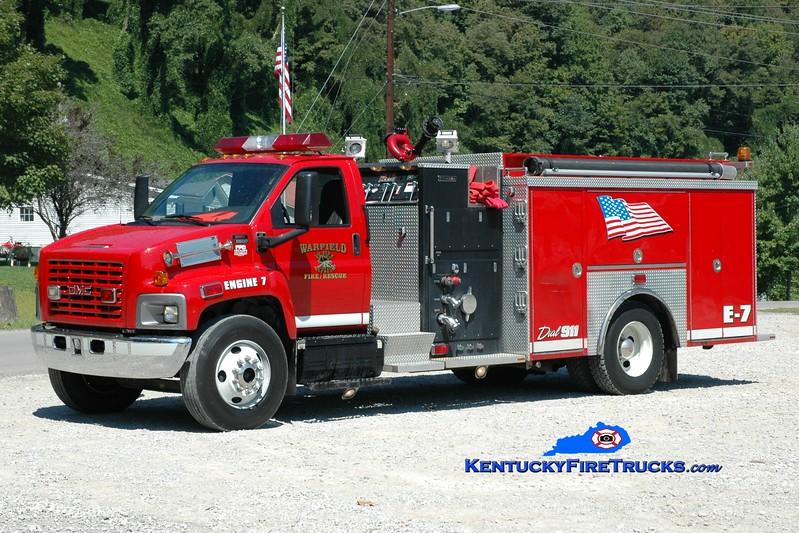 <center> RETIRED <br> Warfield Engine 7 <br> 2005 GMC 8500/Crimson 1500/1000 <br> Greg Stapleton photo </center>
