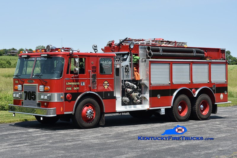 Lewisburg Engine 705 <br /> x-Chardon, OH <br /> 1988 Pierce Lance 2000/2500 <br /> Greg Stapleton photo