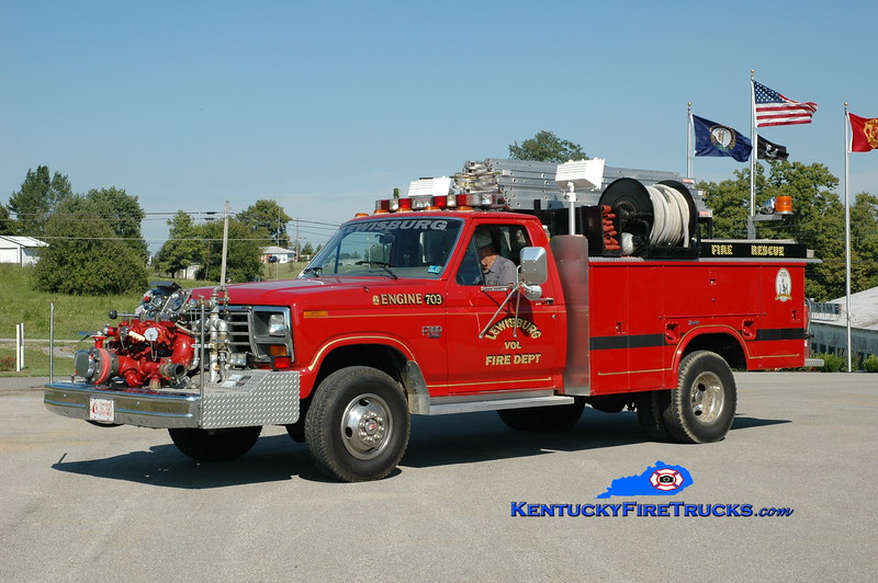 <center> RETIRED <br> Lewisburg  Engine 703 <br> 1986 Ford F-350/Knapheide/Renegade 750/300 <br> Greg Stapleton photo </center>