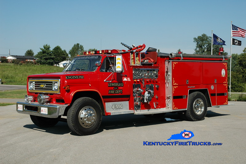 <center> Lewisburg  Engine 702 <br> 1985 Chevy C70/FMC 1000/1000 <br> Greg Stapleton photo </center>