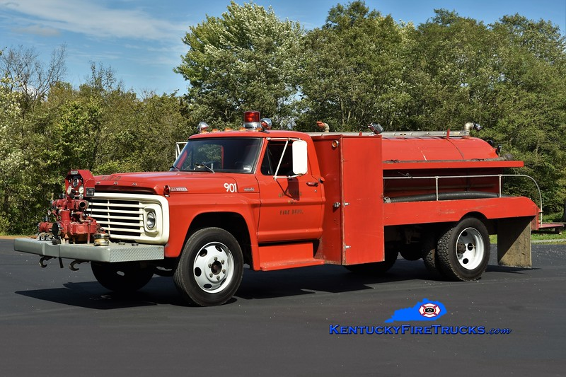 May's Lick  Engine 901<br /> 1967 Ford F/Allegheny 500/1200<br /> Greg Stapleton photo