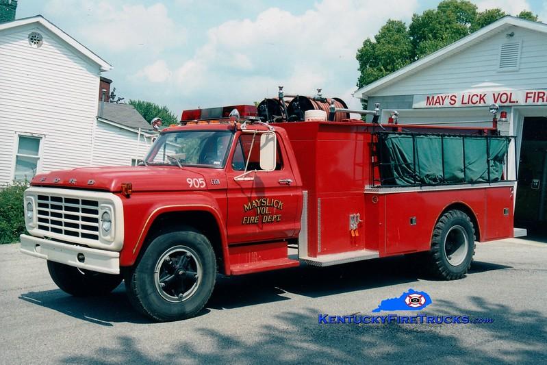 <center> Mays Lick  Engine 905  <br> 1977 Ford F-750/Atlas 250/1500 <br> Greg Stapleton photo </center>