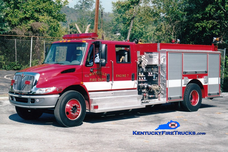 <center> Maysville  Engine 7  <br> 2002 International 4400/Pierce 1250/1000 <br> Greg Stapleton photo </center>
