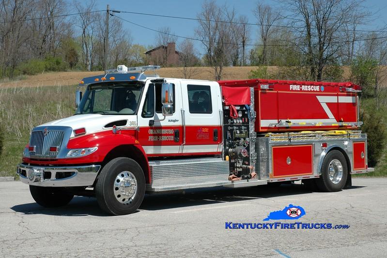 <center> Orangeburg  Engine 301 <br> 2013 International 4400/Freedom Fire 1000/2000 <br> Greg Stapleton photo </center>