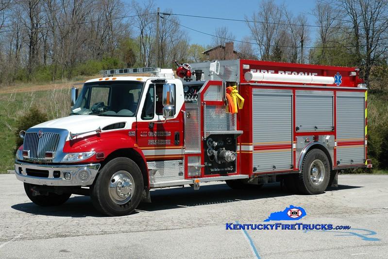 <center> Orangeburg  Engine 302 <br> 2004 International 4400/Ferrara 1250/1000 <br> Greg Stapleton photo </center>