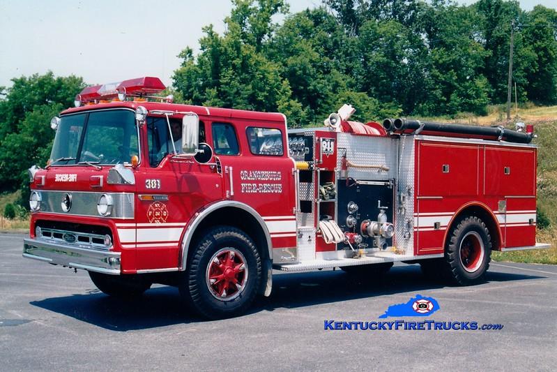 <center> RETIRED <br> Orangeburg  Engine 301 <br> 1980 Ford C/Pierce 1000/750 <br> Greg Stapleton photo </center>