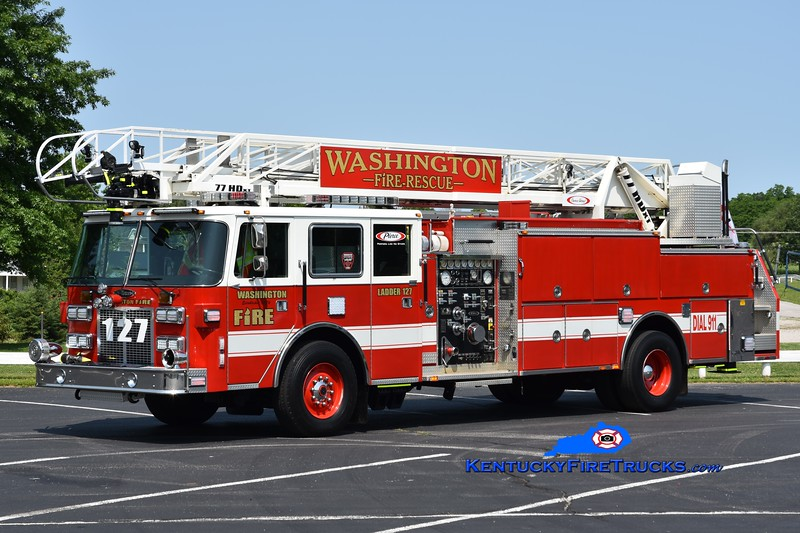 RETIRED <br /> Washington  Ladder 127<br /> x-Howland Twp, OH<br /> 1990 Pierce Arrow 1500/300/75' <br /> Greg Stapleton photo