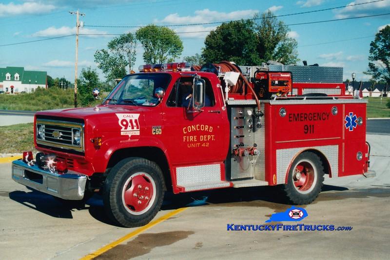 <center> RETIRED <Br> Concord  Engine 42 <br> 1975 Chevy/E-One 250/300 <br> Greg Stapleton photo </center>
