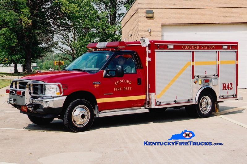 <center> RETIRED <br> Concord  Rescue 42 <br> 2002 Ford F-550 4x4/EVI <br> Greg Stapleton photo </center>