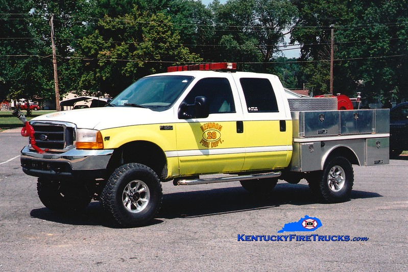 <center> Hendron  Brush 28 <br> 2000 Ford F-350 4x4/Hiway 250/300/30 <br> Greg Stapleton photo </center>