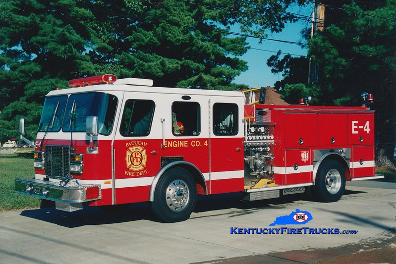 <center> RETIRED <br> Paducah  Engine 4 <br> 1995 E-One Protector TC 1250/500 <br> Greg Stapleton photo </center>
