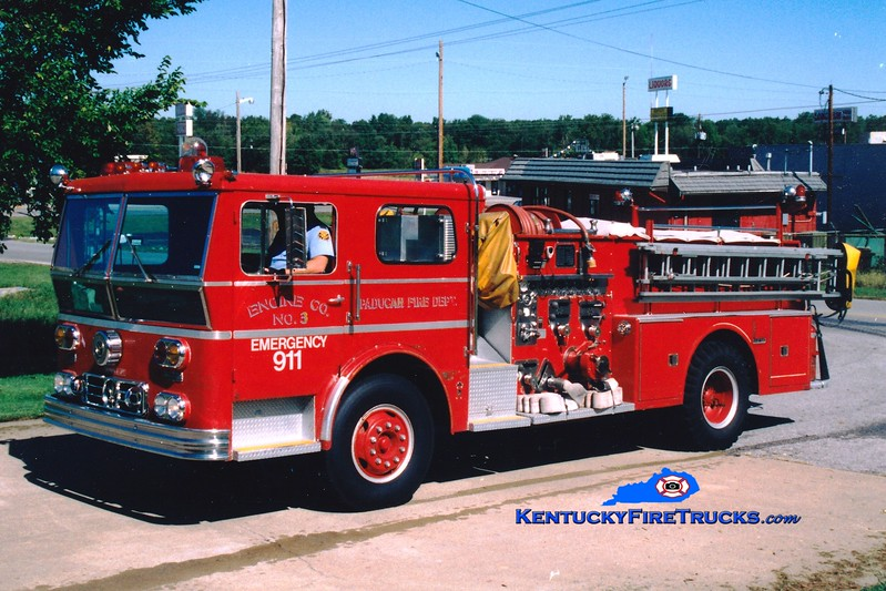 <center> RETIRED <br> Paducah  Engine 3 <br> 1972 Ward LaFrance 1250/500 <br> Greg Stapleton photo </center>