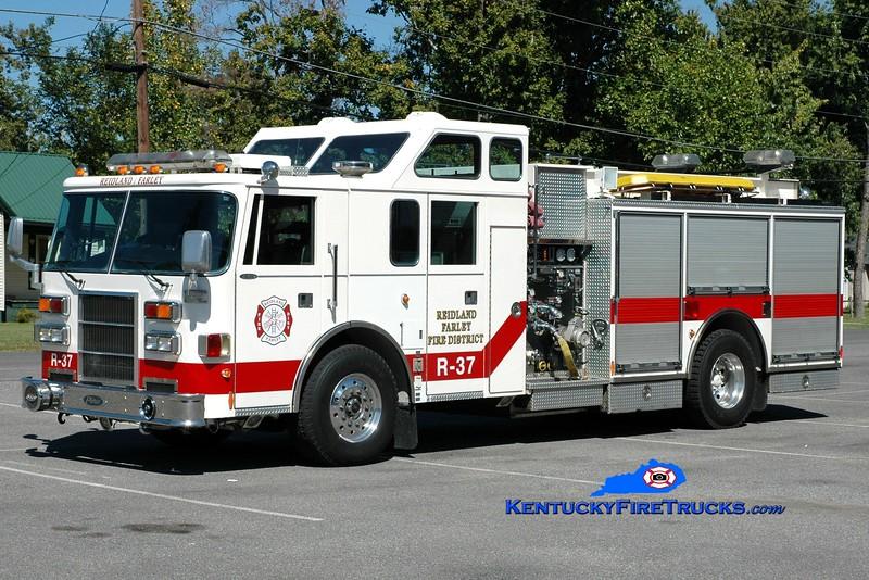 <center> RETIRED <br> Reidland Farley  Rescue 37 <br> x-Glencoe, IL <br> 1993 Pierce Lance 1250/500 <br> Greg Stapleton photo </center>