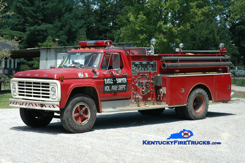 <center> Eagle-Sawyer  Engine 35 <br> x-Keavy, KY <br> 1975 Ford F-750/Darley 750/750 <br> Greg Stapleton photo </center>