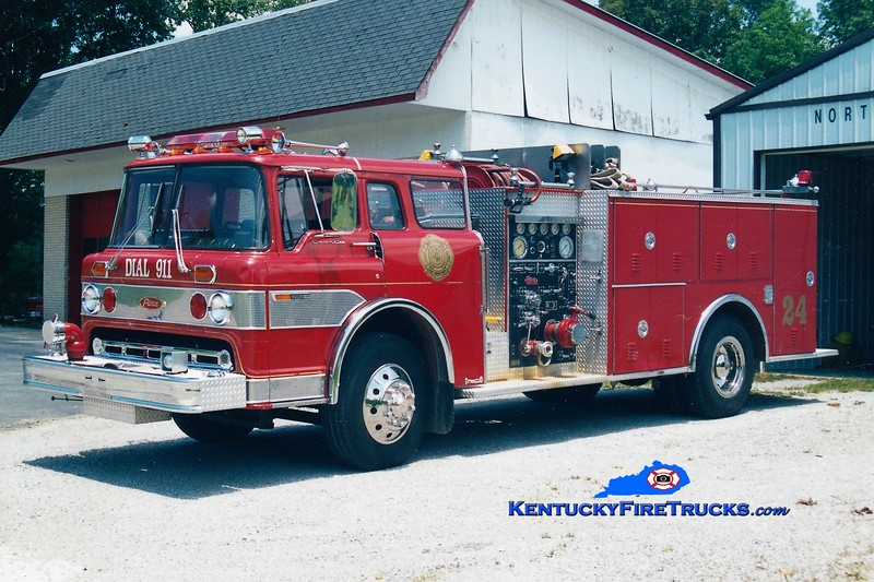 RETIRED<br /> North McCreary  Engine 24<br /> x-Whitley City, KY<br /> 1976 Ford C/Pierce 1000/500<br /> Greg Stapleton photo