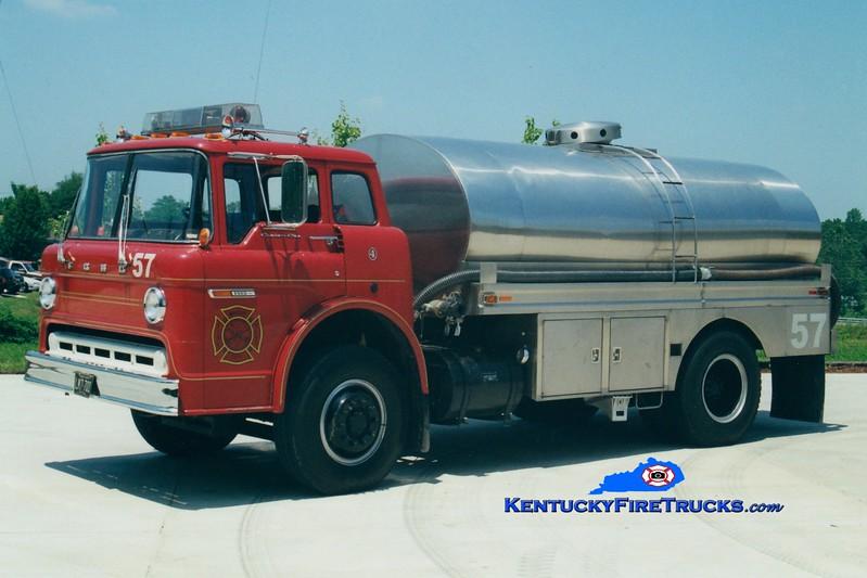 <center> RETIRED <br> Whitley City  Tanker 57 <br> 1977 Ford C/Bluegrass 0/2350 <br> Greg Stapleton photo </center>