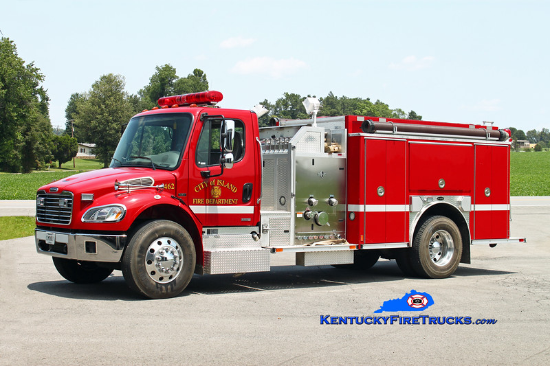 <center> Island  Engine 462  <br> 2003 Freightliner M2-106/E-One 1250/1000 <br> Kent Parrish photo </center>