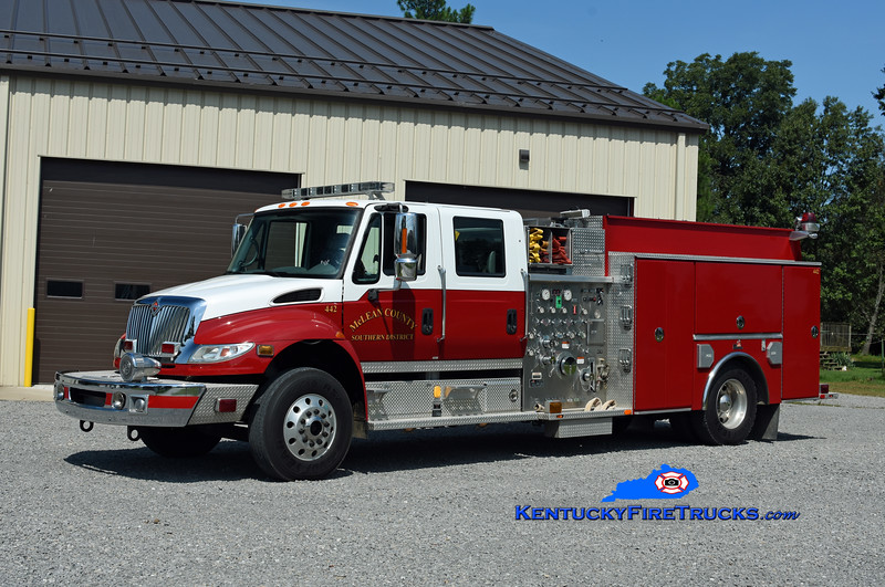 McLean County Southern District Engine 442<br /> 2004 International 4400/2006 Ferrara 1250/1250<br /> Kent Parrish photo