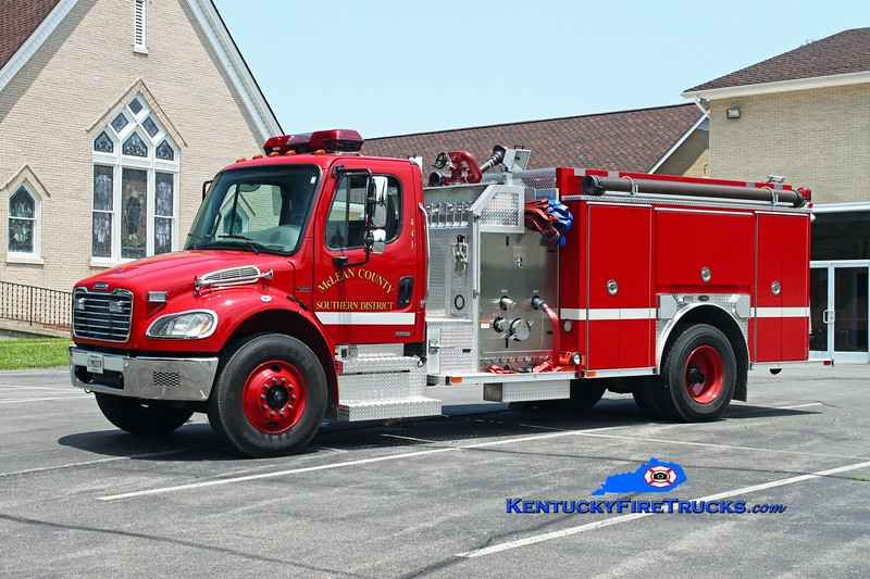 <center> McLean County Southern District Engine 441  <br> 2003 Freightliner M2-106/E-One 1250/1000 <br> Kent Parrish photo </center>