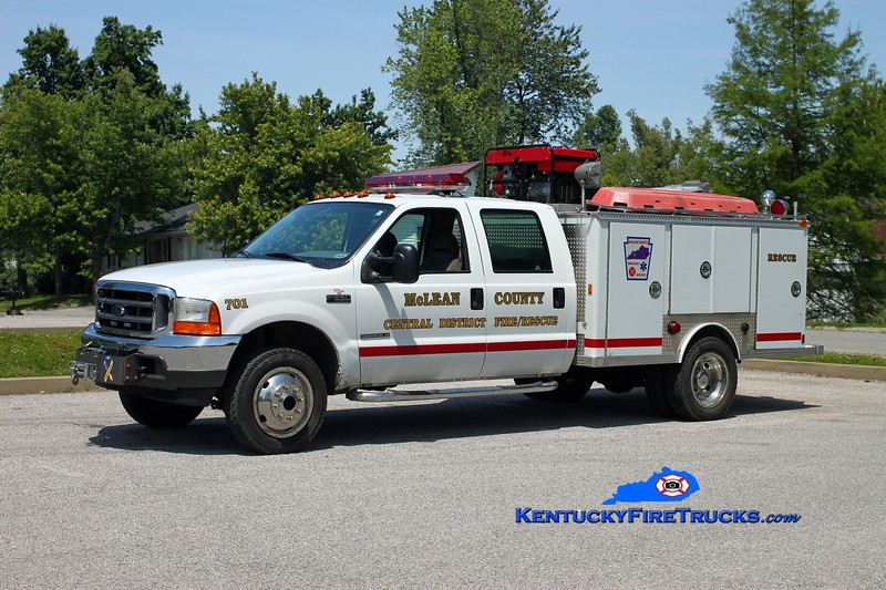 <center> McLean County Central District  Rescue 701  <br> 2000 Ford F-550 4x4/1976 E-One <br> Kent Parrish photo </center>