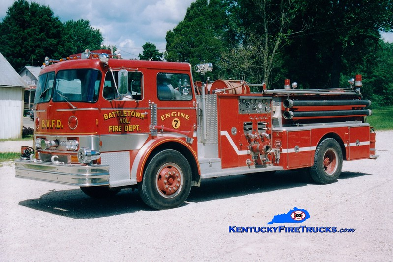 <center> RETIRED <BR> Battletown  Engine 1107 <br> X-Harrods Creek, KY <br> 1969 Hahn 1000/500  <br> Greg Stapleton photo </center>