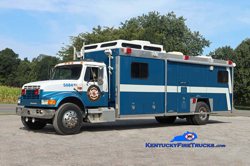 Flaherty  Rescue 5084<br /> x-Oregon State Fire Marshal & Sellersburg, IN<br /> 1992 International 4900/Hesse Command & Support Unit<br /> Kent Parrish photo