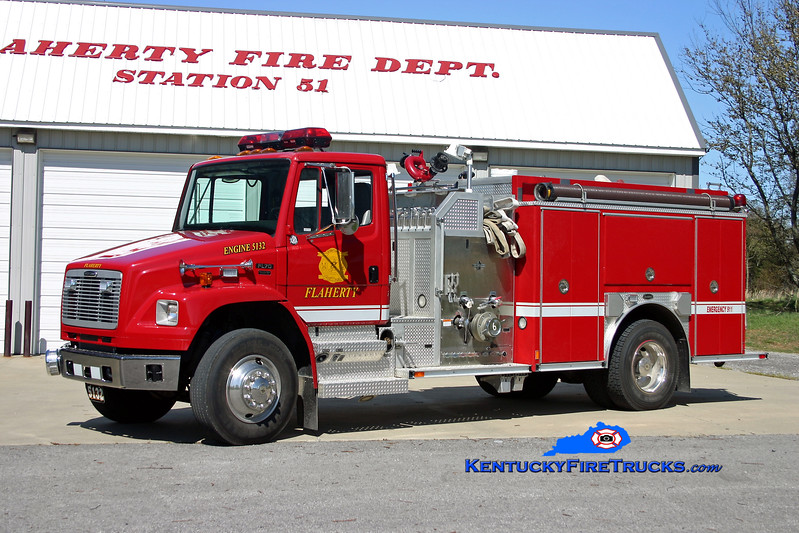 <center> Flaherty  Engine 5132 <br> 2002 Freightliner FL70/E-One 1250/1000 <br> Kent Parrish photo </center>