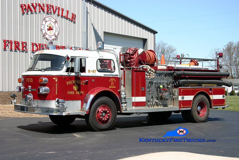 <center> RETIRED <br> Payneville  Engine 67 <br> x-Floral Park, NY <br> 1972 American LaFrance 1000 Series 1000/500 <br> Kent Parrish photo </center>
