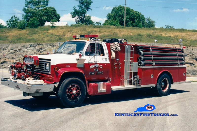 <center> RETIRED <BR> Menifee County  Engine 2 <br> 1979 Chevy/Allegheny 750/1000 <br> Greg Stapleton photo <br> </center>