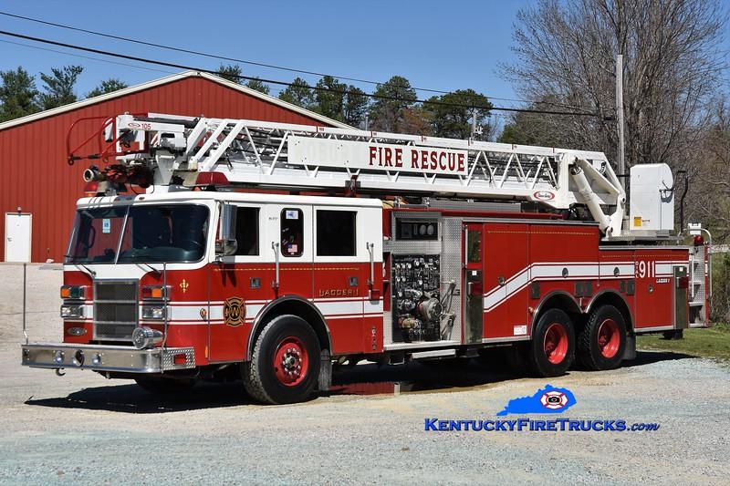 Menifee County Ladder 1<br /> x-Woburn, MA <br /> 1999 Pierce Dash 1500/300/105' <br /> Greg Stapleton photo