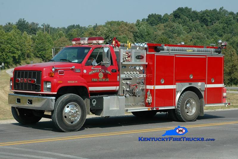 <center> Menifee County  Rescue 1 <br> 2001 GMC/E-One 1250/1000 <br> Greg Stapleton photo <br> </center>