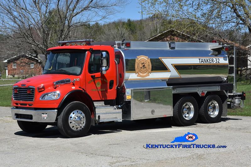 Menifee County Tanker 32 <br /> 2019 Freightliner M2-106/Heile 250/3000<br /> Greg Stapleton photo