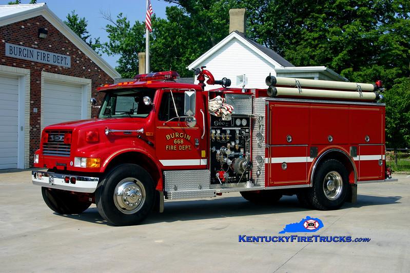 <center> Burgin  Engine 668 <br> 1996 International 4900/Pierce 1000/1000 <br> Kent Parrish photo </center>